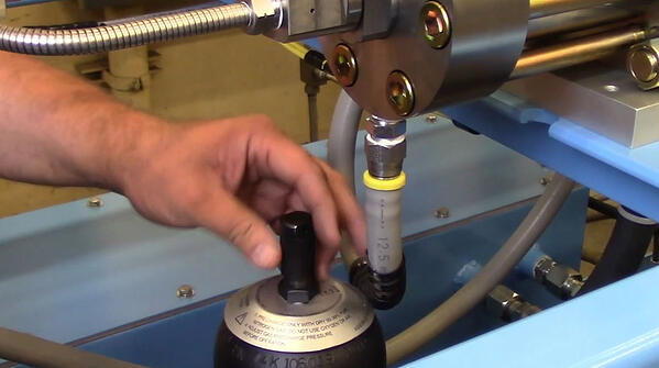 Water jet pump maintenance cap removal, Jet Edge