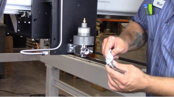 thread inlet adapter