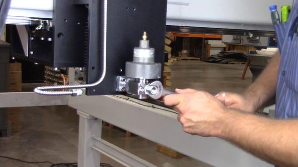 tighten inlet adapter